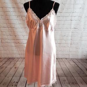 Gillian & O'Malley Slip Dress/ Sleepwear Sz Large